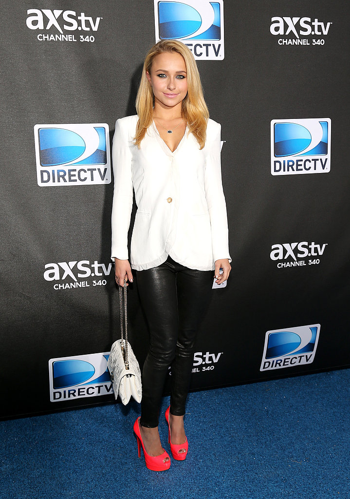 Hayden Panettiere mixed it up at the DirecTV Super Saturday Night party in a white blazer, black leggings, and bright neon pink peep-toe pumps.