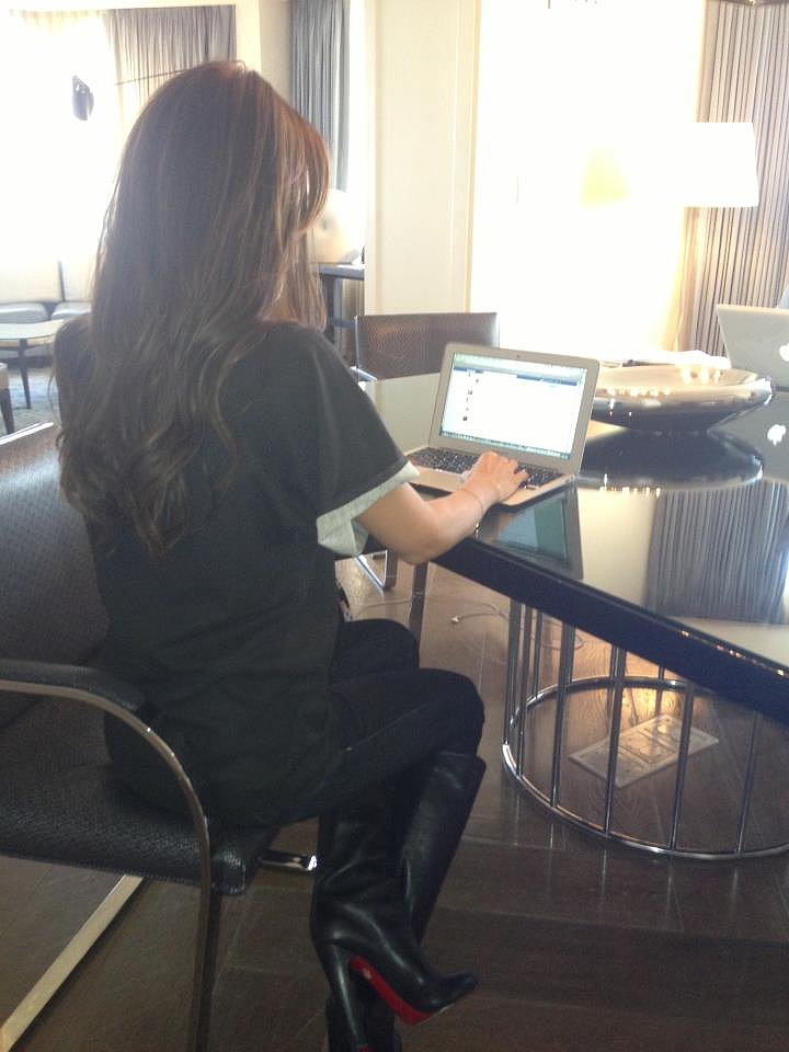 Victoria Beckham participated in an Elle UK Twitter chat. Source: Twitter user victoriabeckham