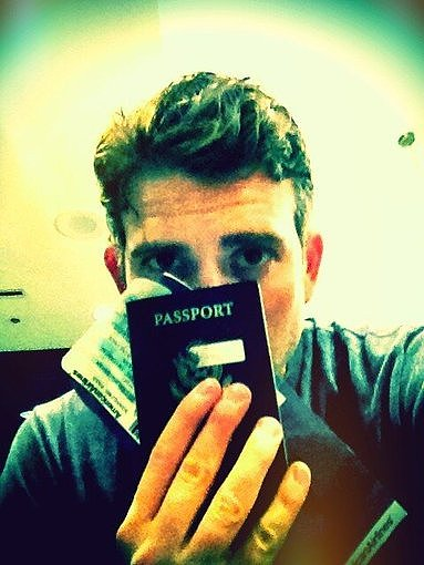 Bryan Greenberg got ready for takeoff. Source: Twitter user bryangreenberg