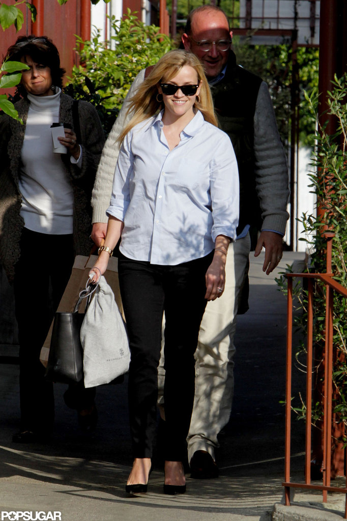 Reese Witherspoon smiled as she left a lunch outing at Brentwood Country Mart.