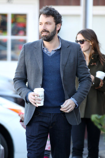 Ben Affleck and Jennifer Garner stopped for coffee.
