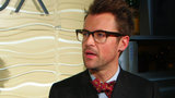 "Brad Goreski Talks TV, '90s Style, and ""Bringing the Glamour"" at the Oscars"