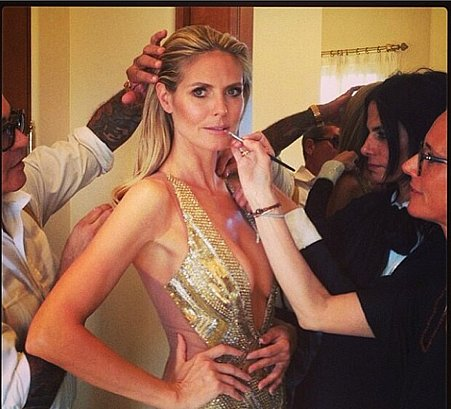 Before she hit the red carpet, Heidi Klum's team put on the finishing touches.  Source: Instagram user hugogloss