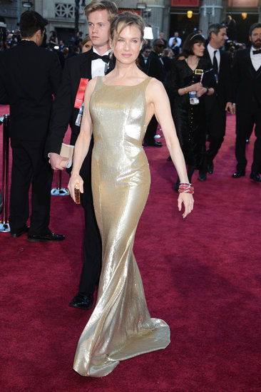 Renée Zellweger Glitters in Gold at the Oscars