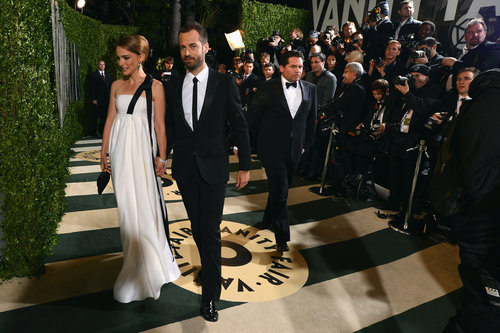 Natalie Portman and Benjamin Millepied walked the carpet at the Vanity Fair Oscar party.