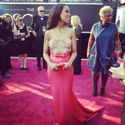 Kerry Washington smiled while she walked the Oscars red carpet. Source: Instagram user theacademy