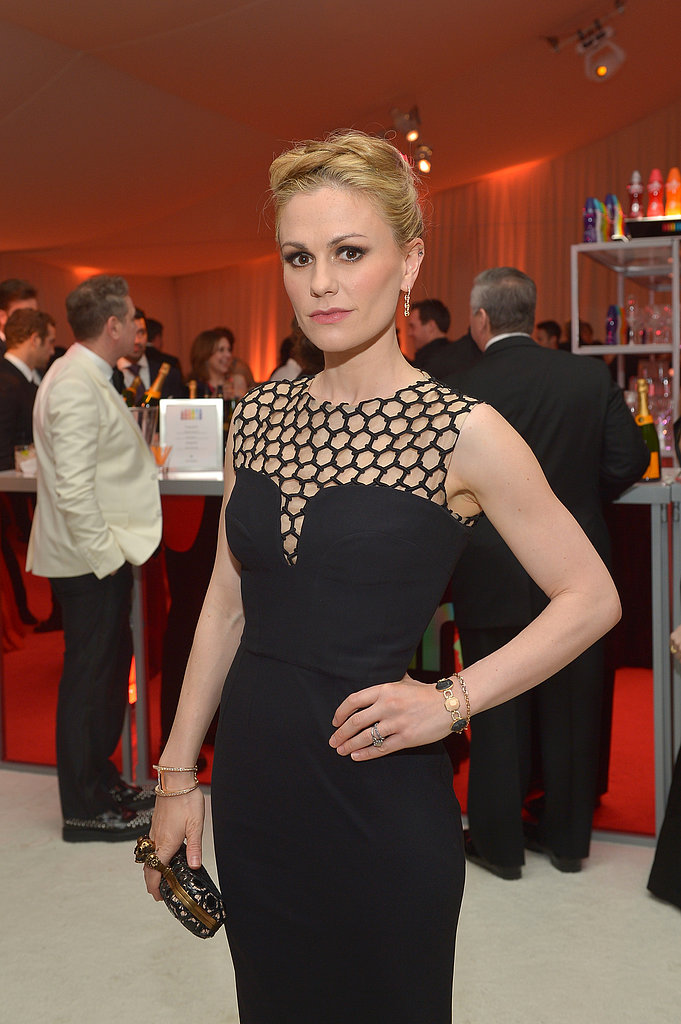 Anna Paquin wore a black gown to Elton John's Oscar party.