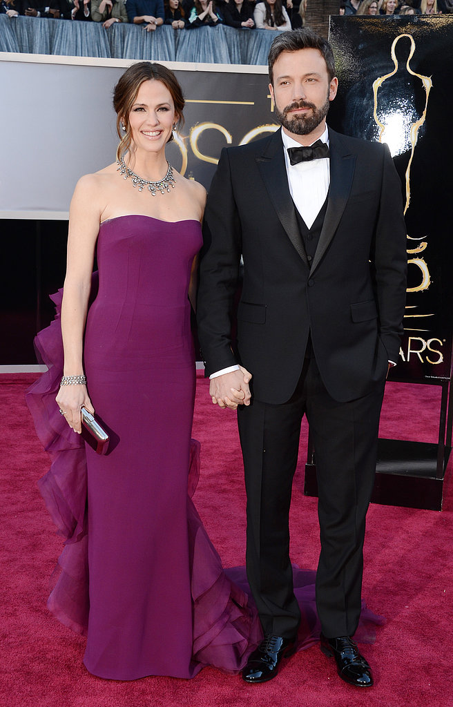 Ben Affleck and Gucci-clad Jennifer Garner held hands on the Oscars red carpet.