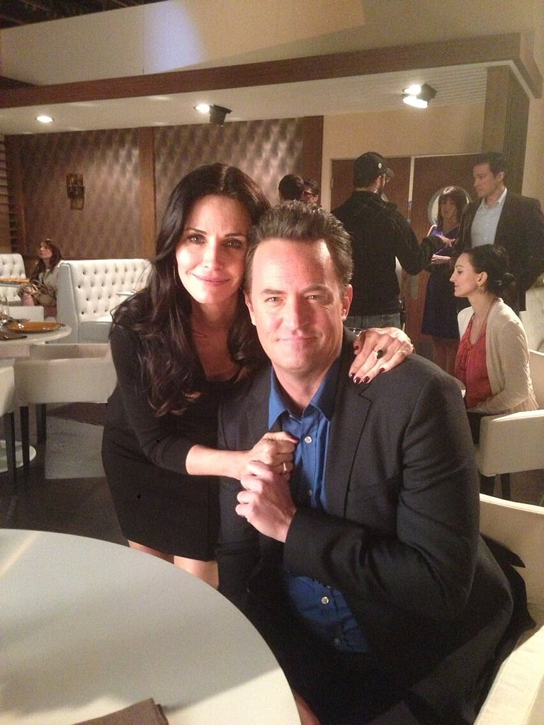 Forever Friends, Courteney Cox and Matthew Perry reunited for an episode of Go On. Source: Twitter user MatthewPerry