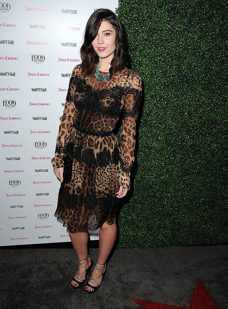 Mary Elizabeth Winstead wore a sheer number.