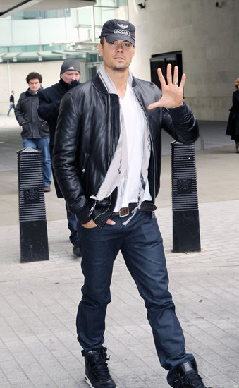Josh Duhamel waved to crowds in London.