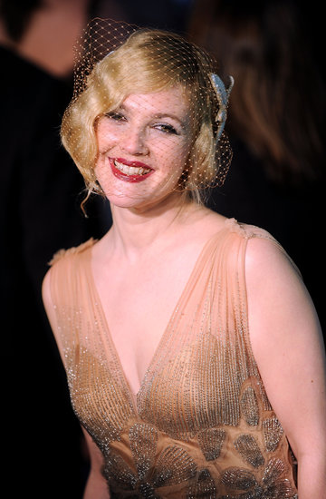 Drew opted for retro finger waves and a bright red lip at the premiere of Grey Gardens in 2009.