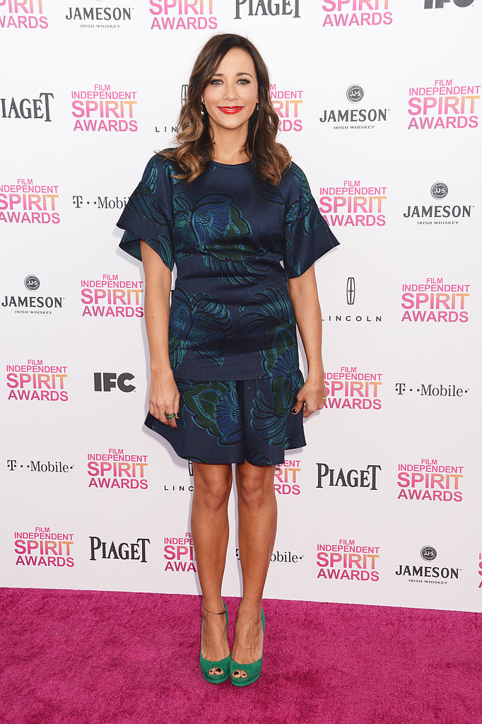Rashida Jones opted to wear a blue-and-green printed Stella McCartney creation from the designer's pre-Fall collection. She then accessorized with brighter green Nicholas Kirkwood peep-toe pumps.
