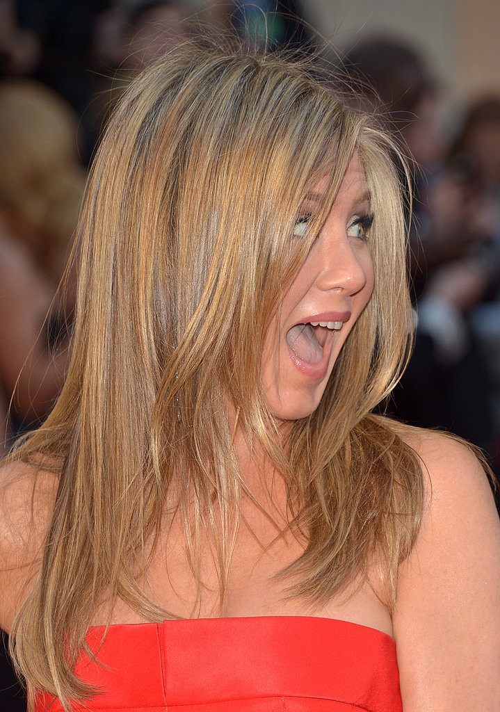 Jennife Aniston on the red carpet at the Oscars 2013.