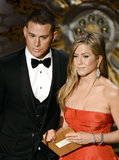 Channing Tatum and Jennifer Aniston on stage at the Oscars 2013.