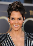 Halle Berry chose on onyx drop earrings to complement her custom metallic Atelier Versace dress.