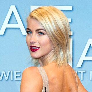 Pictures of Julianne Hough's Hair
