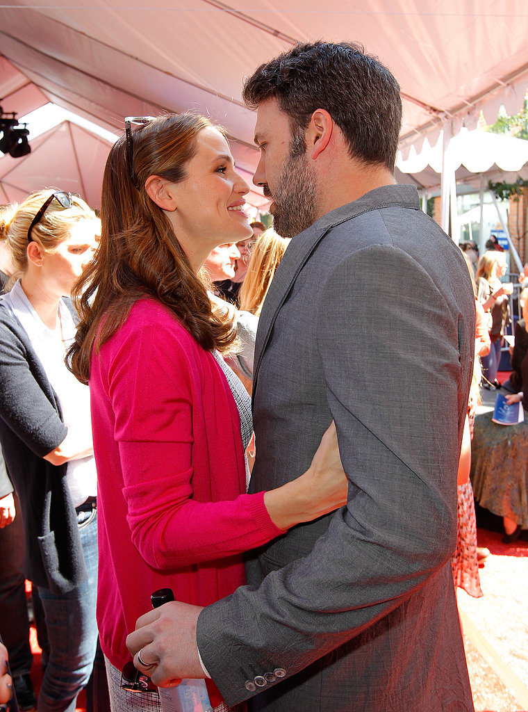 This rare show of affection from Jennifer Garner and Ben Affleck had us awwing.
