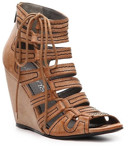 2 Lips Too Vavoom Wedge Sandal