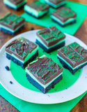 Mint and Chocolate Fudge Oreo Bars