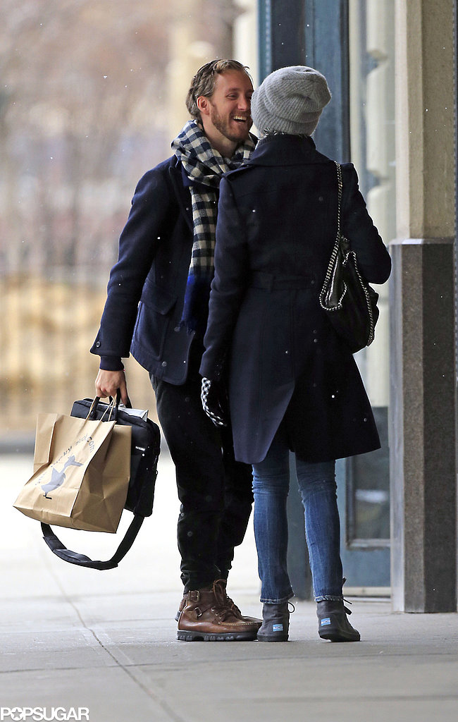Anne Hathaway and Adam Shulman had a moment in NYC on Thursday.