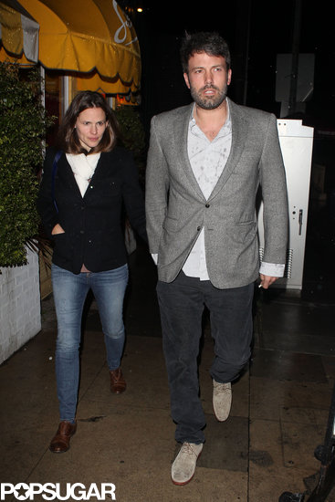 Ben Affleck and Jennifer Garner had dinner at Sam's by the Beach.