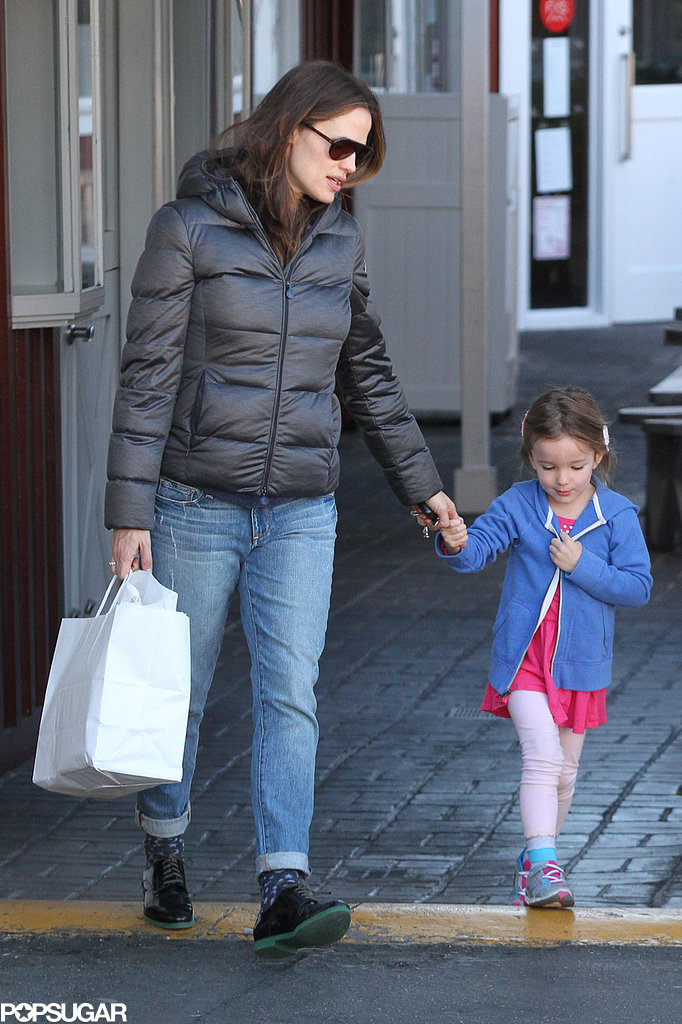 Jennifer Garner Winds Down From a Busy Weekend With Sera on Hand
