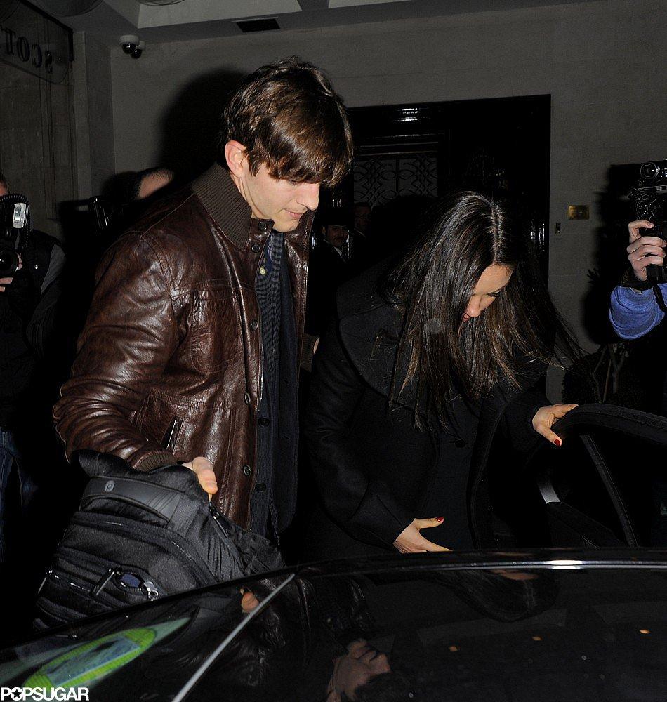 Ashton Kutcher Joins Mila Kunis For a Loving Dinner in London