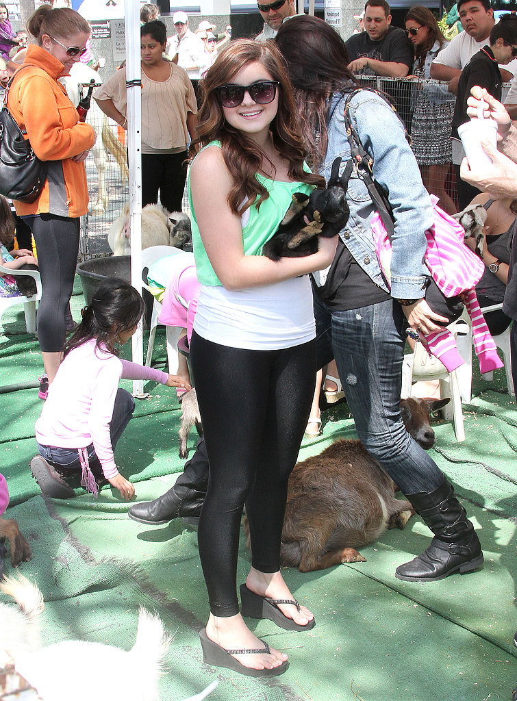 Ariel Winter wore green for a visit to an LA petting zoo on St. Paddy's Day in 2013.