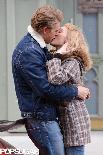 Anna Sophia Robb and Austin Butler made out for the cameras in NYC in January 2013.