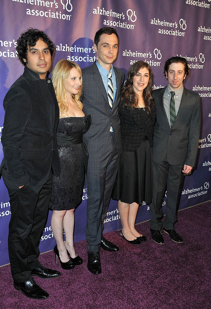 Kunal Nayyar, Melissa Rauch, Jim Parsons, Mayim Bialik, and Simon Helberg from The Big Bang Theory posed together.