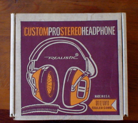 The print on the box of this vintage pair of Realistic Headphones wouldn't look out of place hanging in a living room.  Source: Etsy user VintageHeartStrings