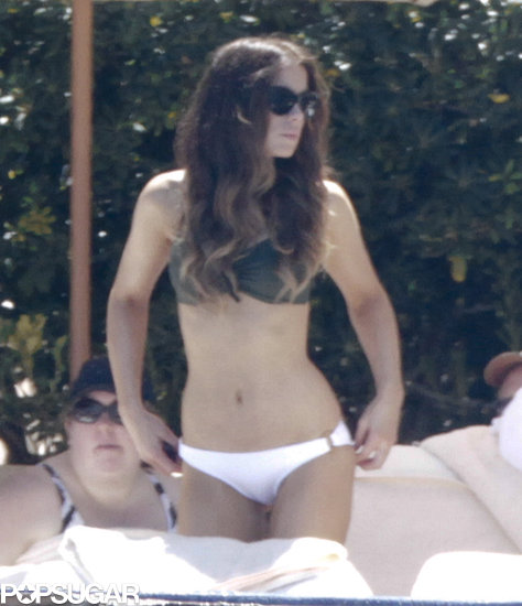 Kate Beckinsale wore a mismatched bikini.