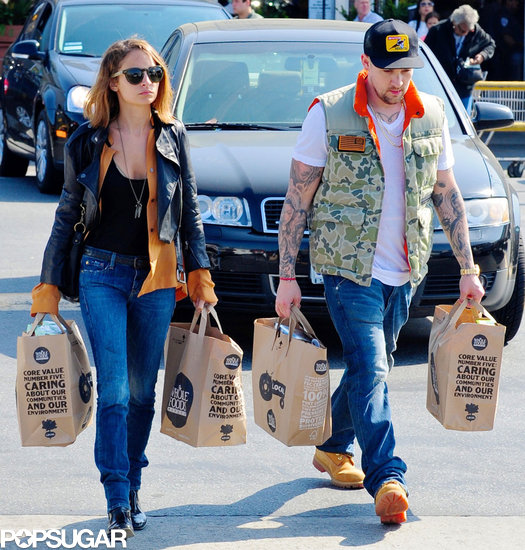 Nicole Richie and Joel Madden Couple Up For a Grocery Store Stop