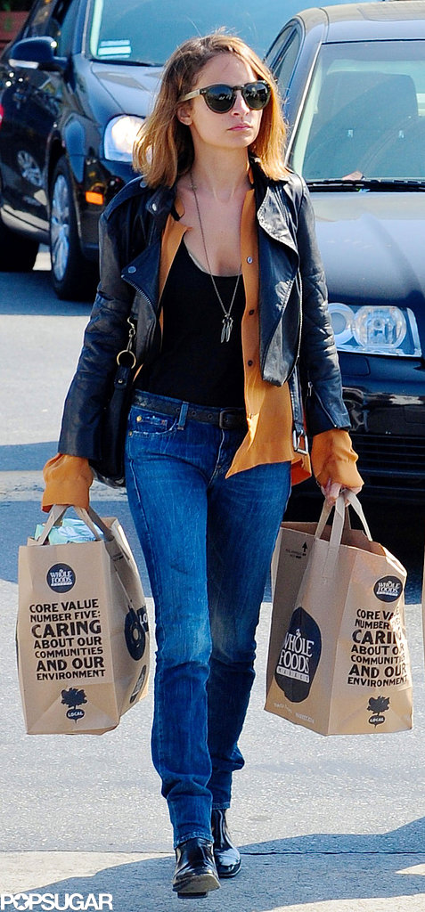 Nicole Richie wore blue jeans and a black leather jacket during a grocery outing in LA.