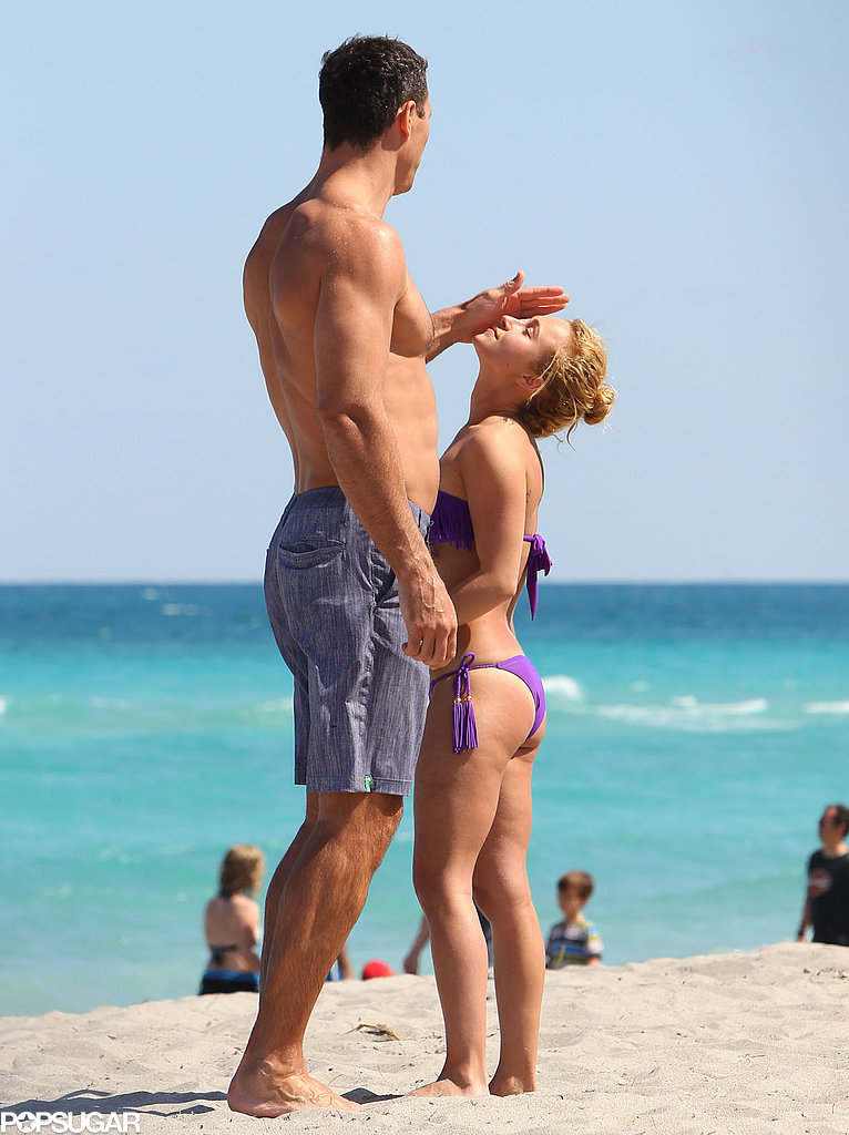 Wladimir Klitschko and Hayden Panettiere hung out on the sand.