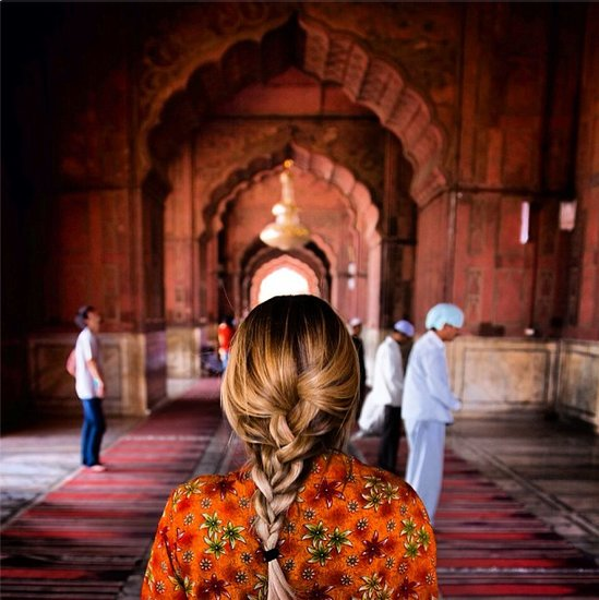 Yoni Goldberg captured Lauren Conrad walking through a temple.  Source: Instagram user lastyoni