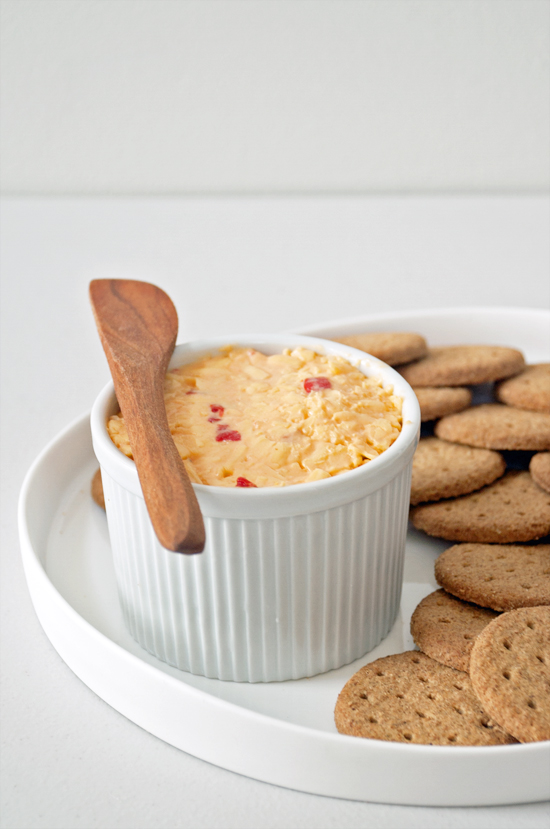 a32a8c4cdb341916_Pimento-Cheese-and-Crackers.jpg