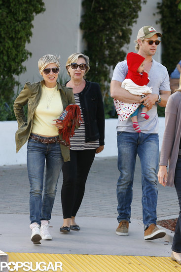 Chris Hemsworth carried India to lunch with his wife, Elsa Pataky, and her mother.