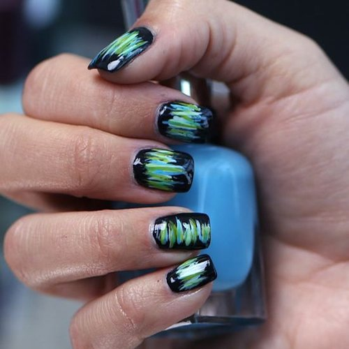 Nail Art For Music Festivals