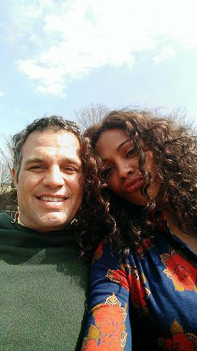 Zoe Saldana got cozy with Mark Ruffalo on the set of their new movie Infinitely Polar Bear. Source: Twitter user zoesaldana