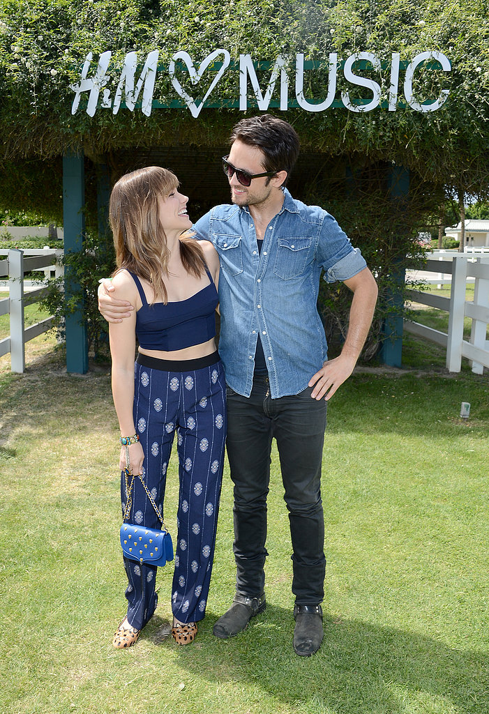 Justin Chatwin and Sophia Bush caught up.