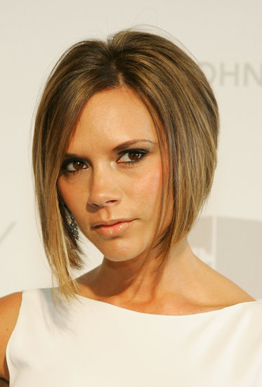 At the 2007 Elton John Oscar Party, Victoria wore a graduated bob that would soon become iconic.