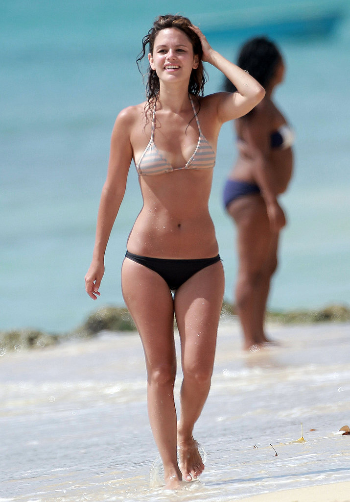Rachel Bilson mismatched her striped bikini top with black bottoms in Barbados.