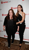 Melissa McCarthy and Sandra Bullock joked around at CinemaCon in Las Vegas.