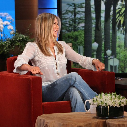 Jennifer Aniston Tries to Scare Ellen DeGeneres | Video
