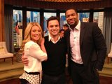 New Girl's Jake Johnson stopped by to hang out with Kelly Ripa and Michael Strahan.  Source: Twitter user michaelstrahan