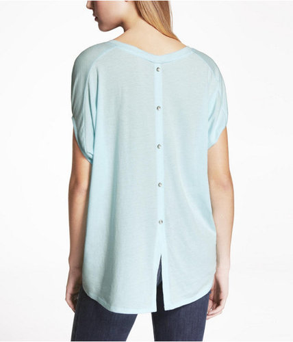 Button Back Tux Tail Wedge Tee