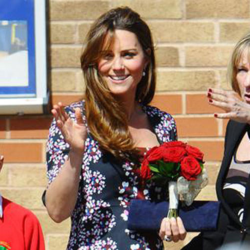 Kate Middleton's Baby Bump | Photos