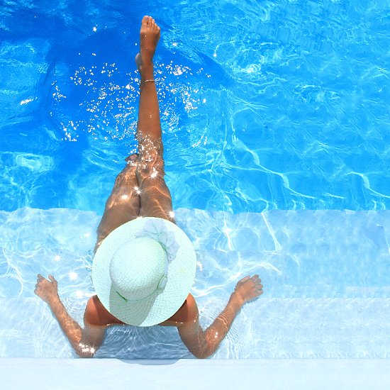 For the beginners out there, self-tanning can seem like a harrowing task. Expert Sophie Evans explains the 10 key steps to a DIY tan (and no one will know the difference).
